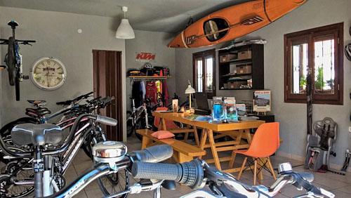 Cycle tours base in Portaria